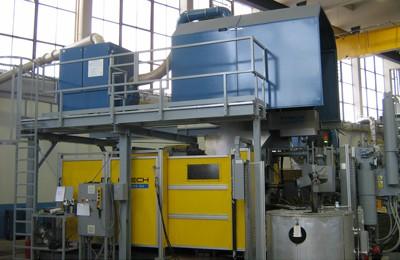 Absaugung einer Druckgussmaschine mit verfahrbarer Haube zum unkomplizierten Werkzeugwechsel