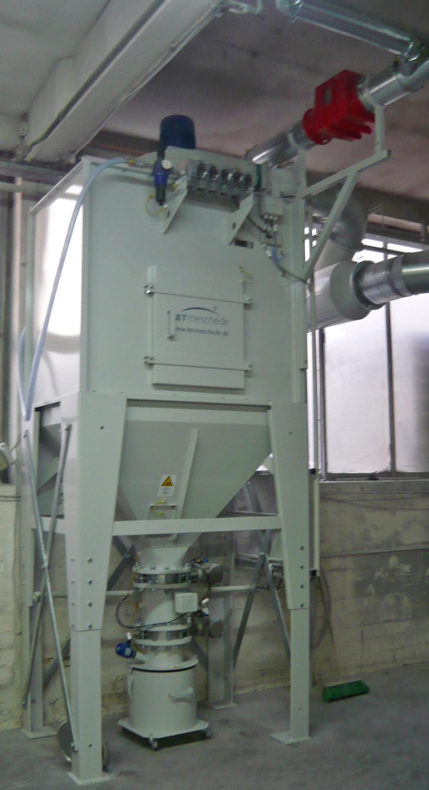 Patronenfilter zur Absaugung von PVC - Kunststoffstäuben
